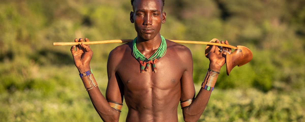 A young Hamar man without shirt