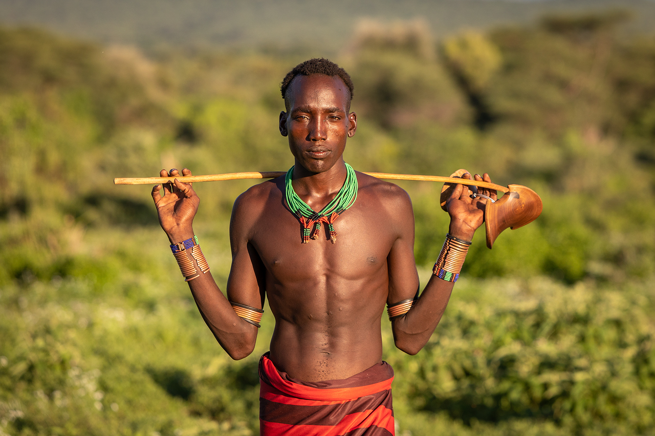 A young Hamar man without shirt